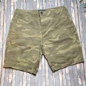 Aeropostale Camo Flat Front Shorts - Sz 32